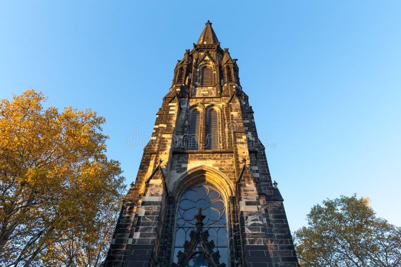 Église à Bochum Allemagne en automne photographie stock