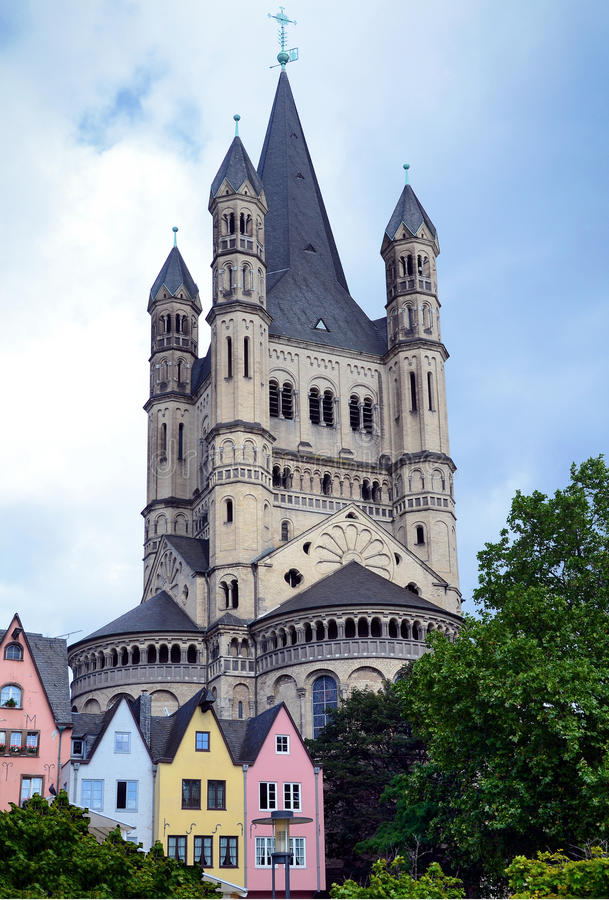 Église à Cologne Allemagne image libre de droits