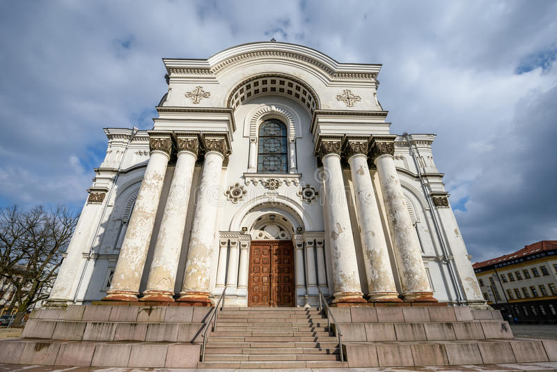Église à Kaunas, Lithuanie photos stock