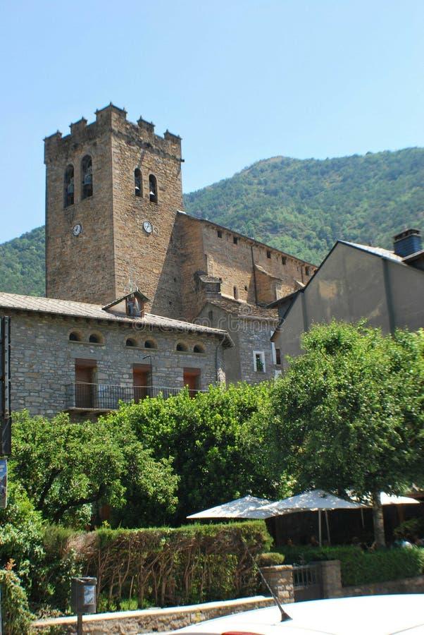 Église à Torla, Espagne image libre de droits