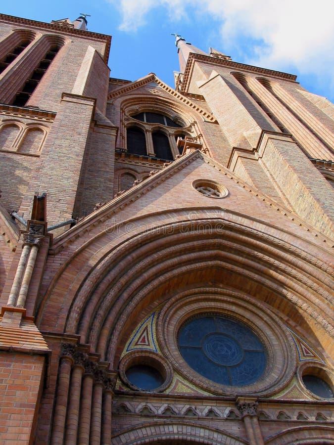 Download Église 2 photo stock. Image du briques, brique, divin, landmarks - 87296