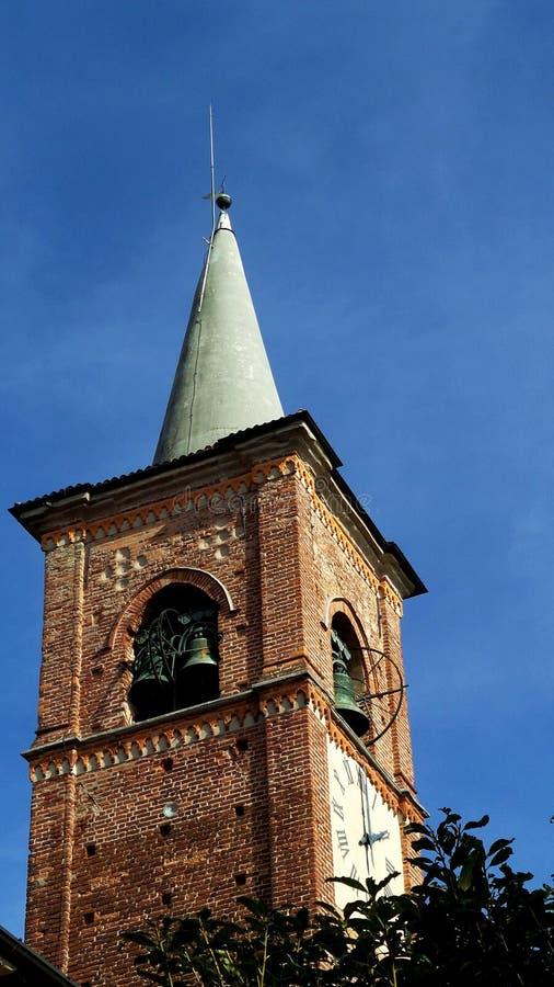Église antique de Collegiata Poggioreale ruine la trappe dans le balcon Village de Medioeval Castiglione Olona Italie image libre de droits