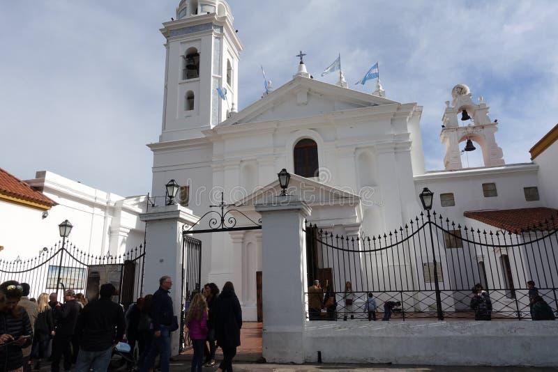 Église au cimetière de Recoleta de La photo stock