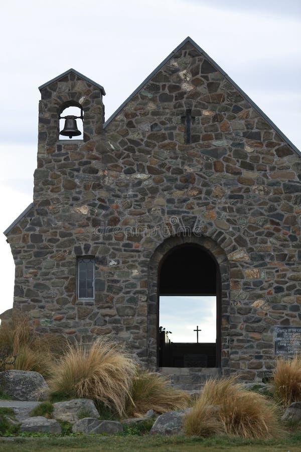 Église avec la cloche photos stock