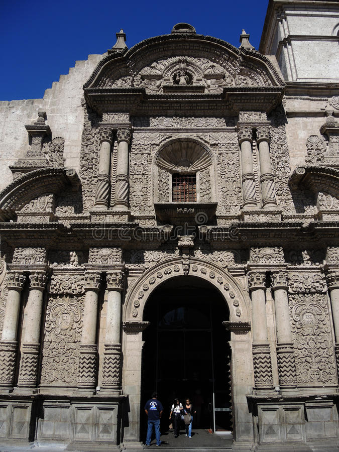 Download Église Catholique Antique à Arequipa Image éditorial - Image du principal, cityscape: 77163345