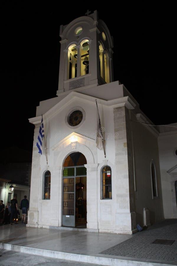Église crétoise la nuit photographie stock
