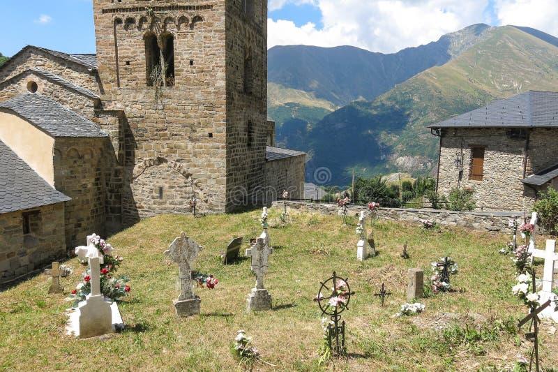 Église d'exemple de Durro d'art roman, dans le pyrène catalan photo libre de droits