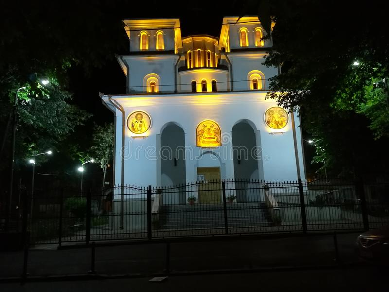 Église d'Iancu Vechi Matasari par nuit à Bucarest photo libre de droits