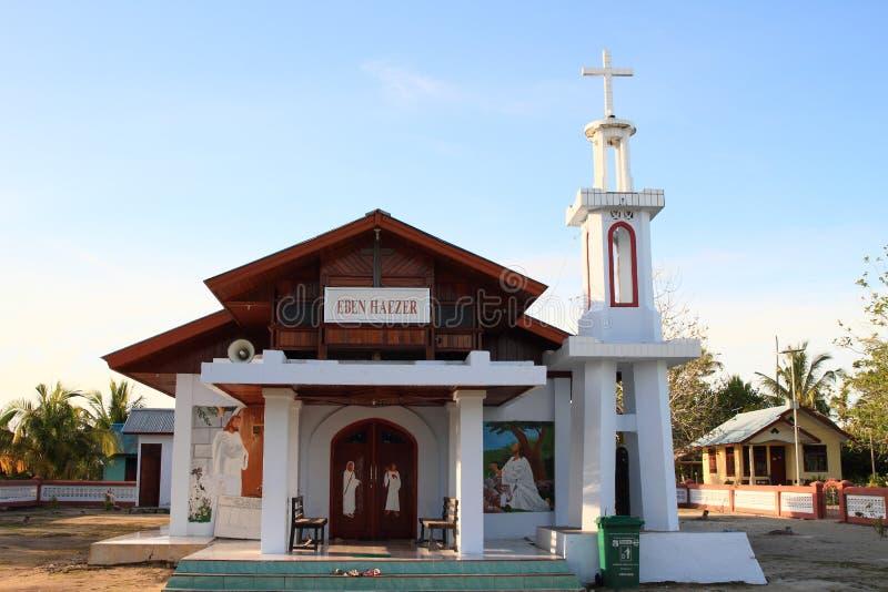 Église dans Arborek pendant le lever de soleil images stock