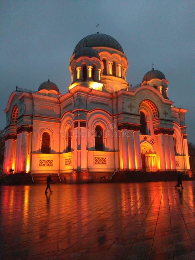 Église dans la lumière rouge photo libre de droits