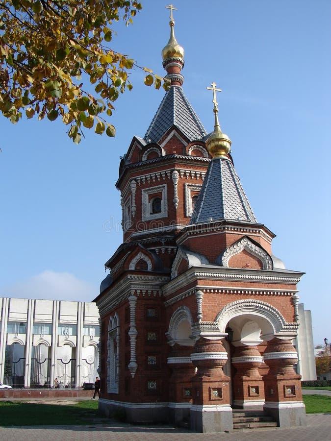 Église dans la ville de Yaroslavl images libres de droits