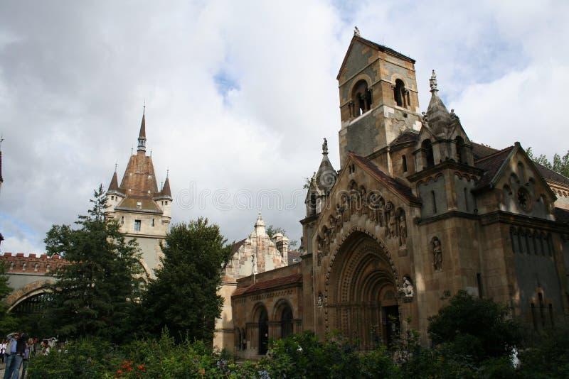 Église dans le château de Vajdahunjad photo stock