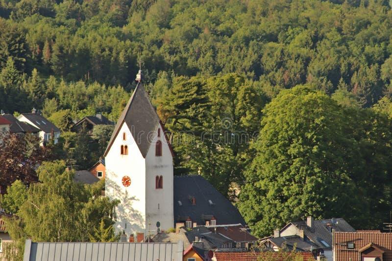 Église dans un petit village en Allemagne photos libres de droits