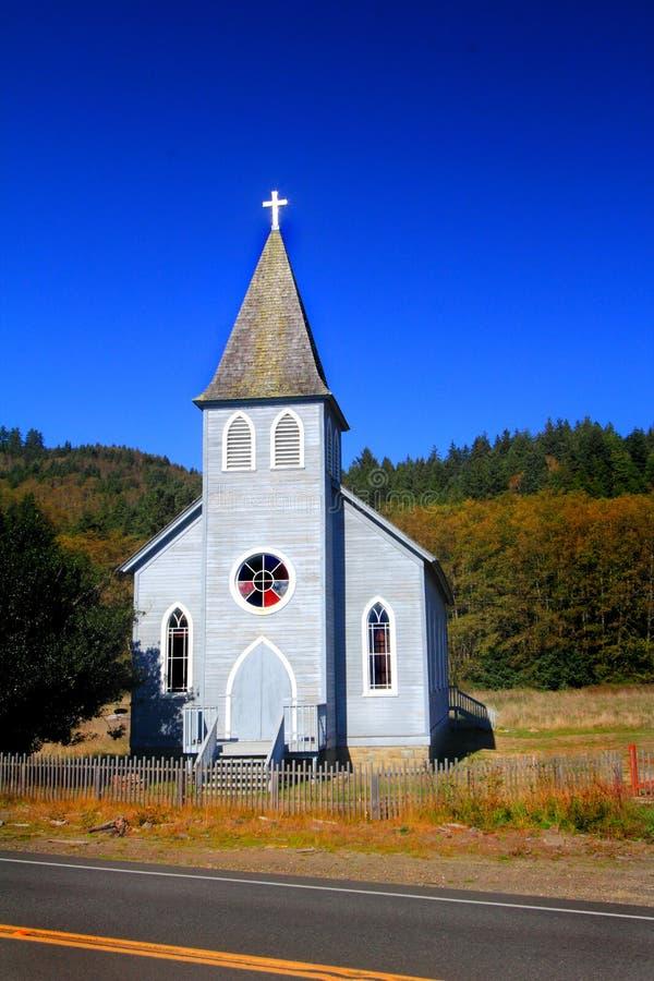 Église de bord de la route photo libre de droits