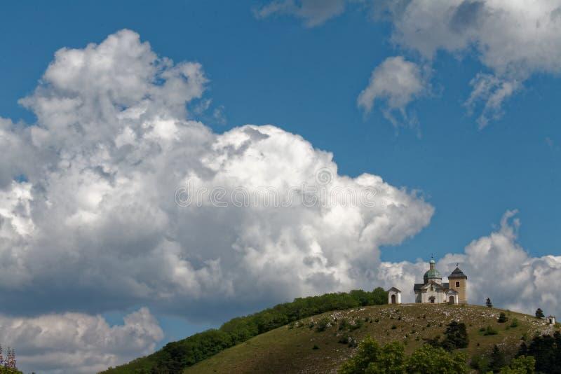 Église de calvaire dans Mikulov, République Tchèque photographie stock