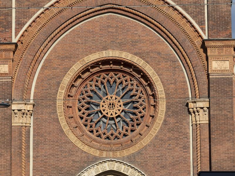Église de carmin à Milan, Italie photographie stock