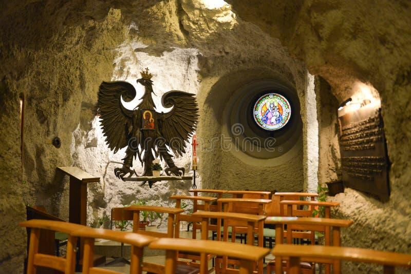 Église de caverne de colline de Gellert, Budapest, Hongrie photographie stock libre de droits