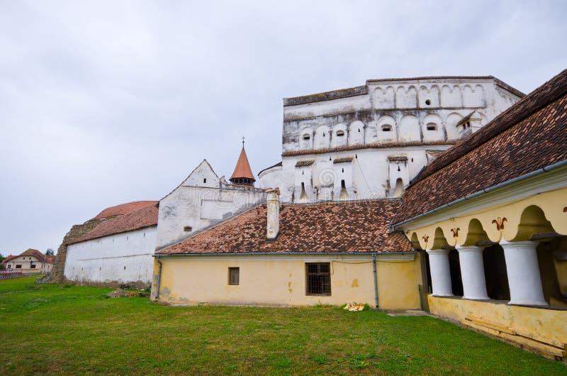 Église de la défense dans Prejmer, Roumanie photos stock