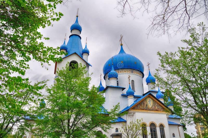 Église de la nativité dans la fronde moyenne à St Petersburg, Russie photo libre de droits