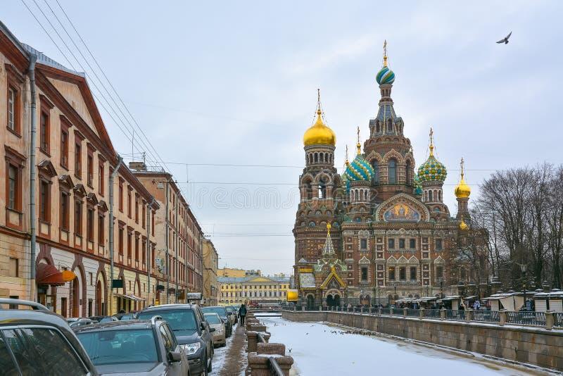 Église de la résurrection du Christ à St Petersburg en hiver image libre de droits