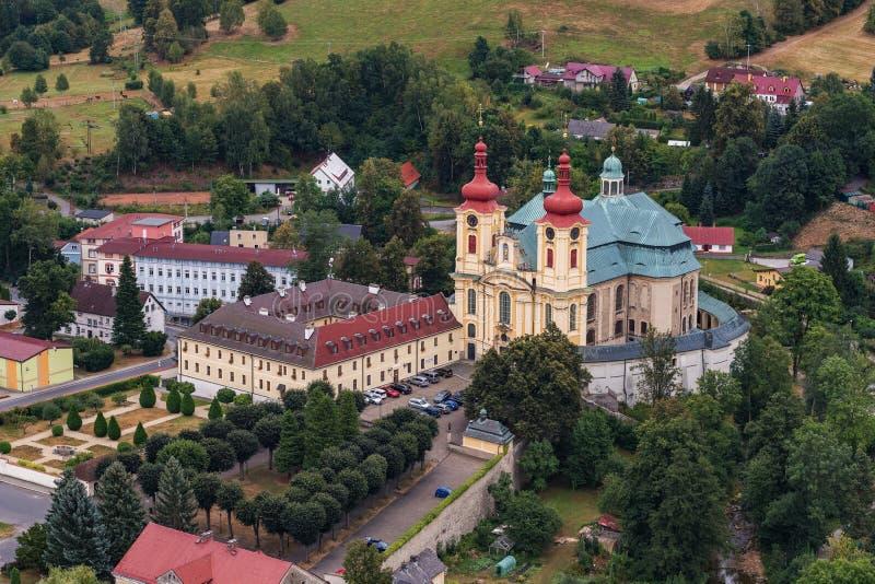 Église de la visite de Vierge Marie dans Hejnice photographie stock