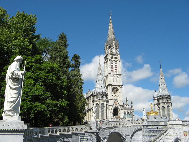 Église de Lourdes image libre de droits