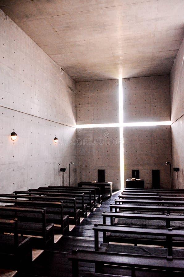 Église de lumière photos stock