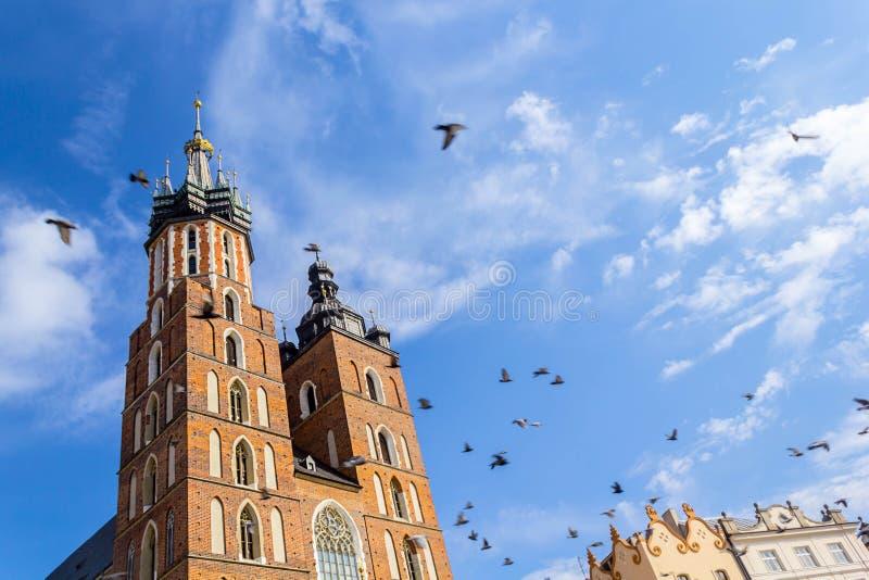 Église de Mariacki, Cracovie, Pologne, l'Europe image stock