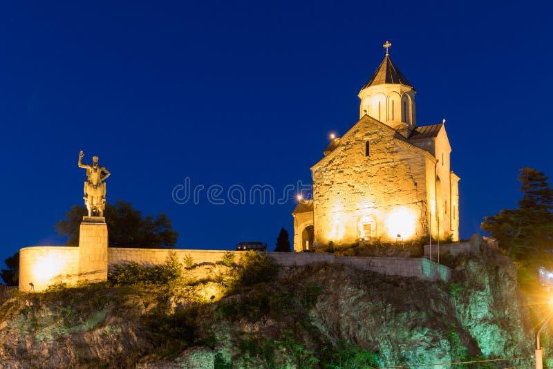 Église de Metekhi la nuit Tbilisi, la Géorgie photo libre de droits