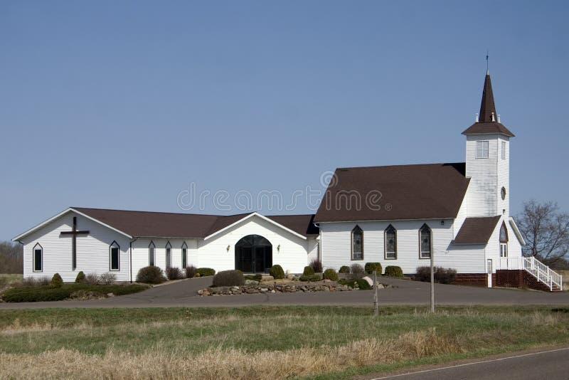 Download Église de pays image stock. Image du bleu, pays, prédicateur - 745021