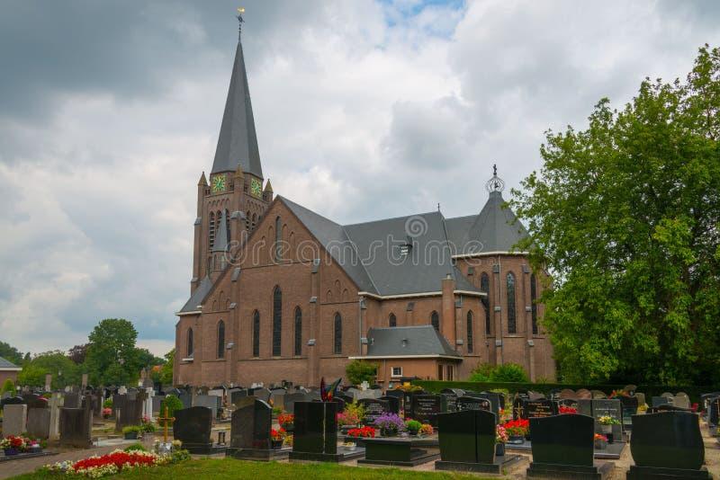 Église de Plechelmus de saint dans Saasveld, Pays-Bas photo libre de droits