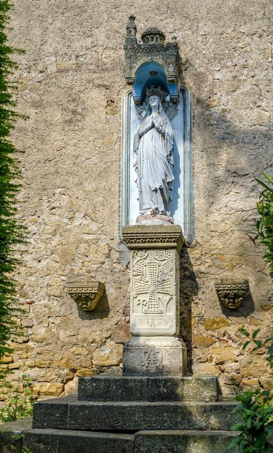 Église de Rennes le Chateau, France Vierge d'extérieur de Fatima photos stock