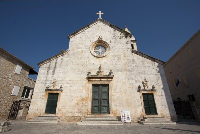Église de rue Peter dans Supetar photographie stock libre de droits
