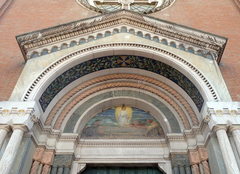 Église de San Giuseppe dans Piazza Natale Bruni de Modène, Italie photographie stock