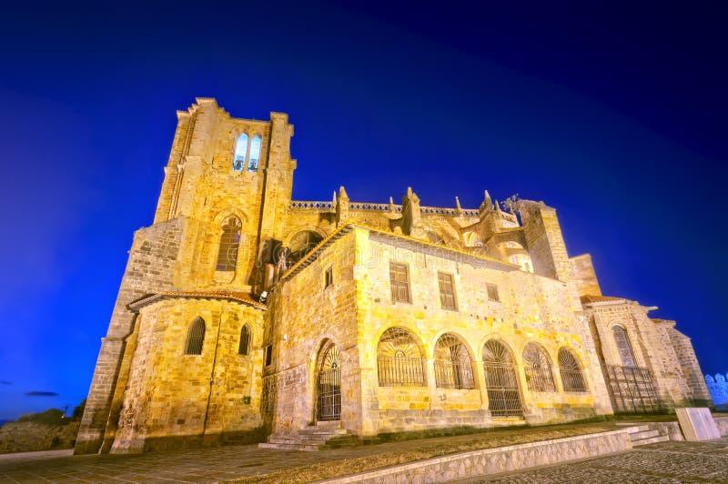 Église de Santa Maria de la Asuncion en Castro Urdiales image stock