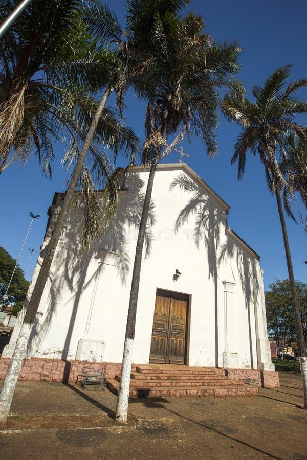 Église de Santo Antonio dans la ville du brodowski avec des travaux à côté de Candido Portinari Mars 2017 photo stock