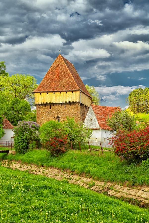 Église de Saxon chez Bradeni photographie stock