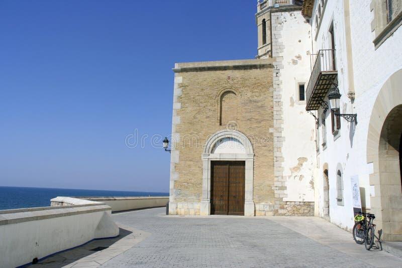 Download Église de Sitges photo stock. Image du pavage, catalonia - 731090