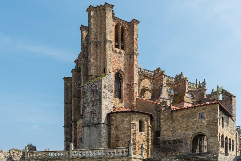 Église de St Mary de l'hypothèse, Castro Urdiales, la Cantabrie image stock