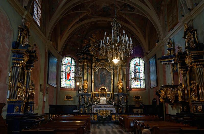 Église de St Mary s dans l'intérieur de Cracovie image stock