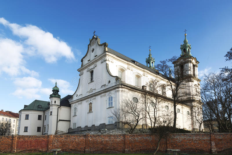 Église de St Michael Arkhangel et le St Stanislaus Bishop et martyre et Pauline Fathers Monastery photos libres de droits