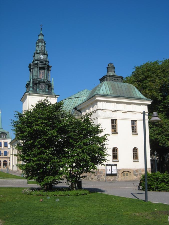 Église de système de roquette d'artillerie légère de St. Linkoping. Suède photo stock