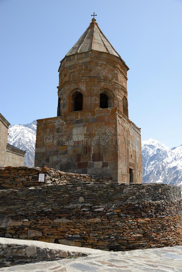 Église de trinité sainte, Kazbegi, la Géorgie image stock