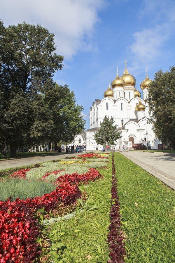 Église du Dormition dans Yaroslavl, Russie photographie stock libre de droits