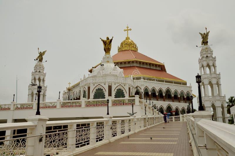 Église du ` s Syro Malabar Forane de St George, Edapally, Kerala, Inde photographie stock