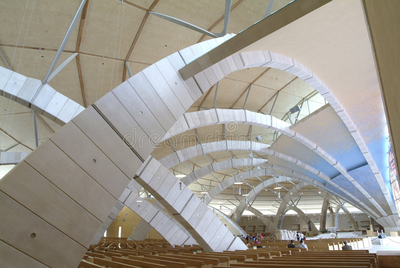 Église du saint Pio de Pietrelcina photographie stock libre de droits