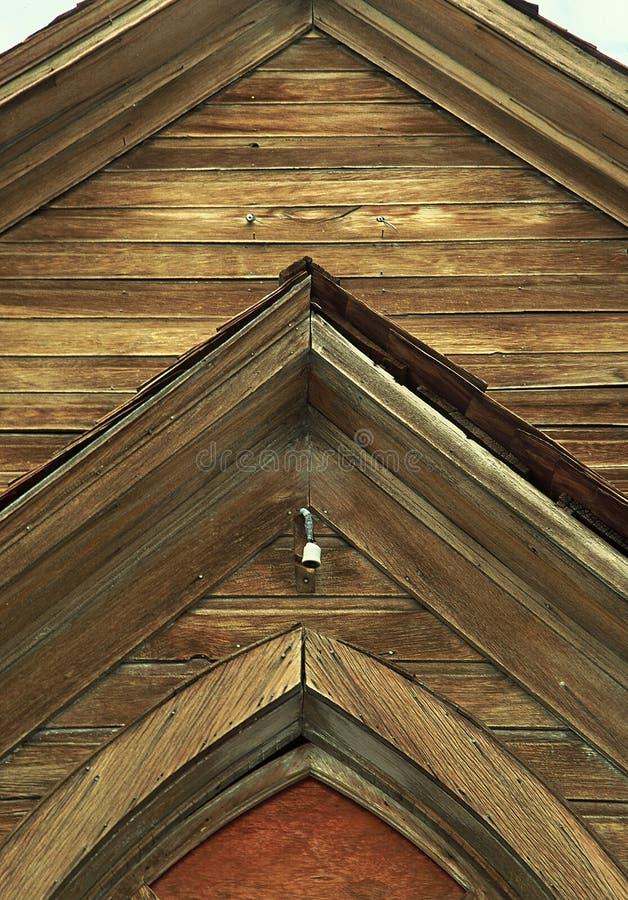 Église en bois âgée abandonnée dans Bodie, la Californie images stock