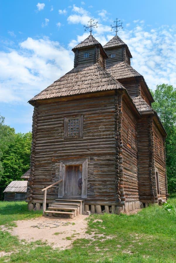 Église en bois antique photographie stock libre de droits