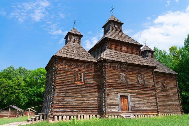 Église en bois antique image libre de droits