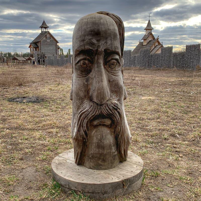 Église en bois de Kiev Russie d'idole images stock